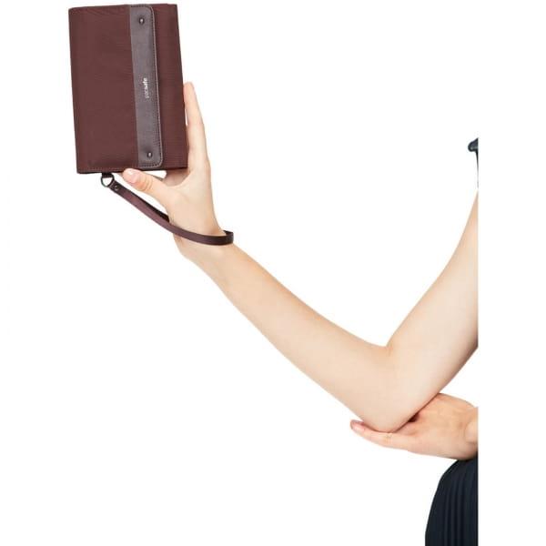 pacsafe RFIDsafe Women's Clutch Wallet - Geldbörse merlot - Bild 13